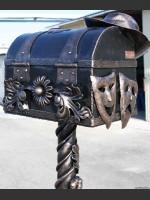 Вироби Майстерні художньої ковки «Grilana» можна побачити у багатьох куточках України