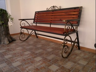 Bench Be-12