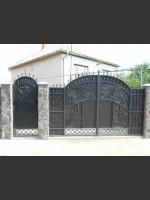 Чудо-ворота, якими можна управляти не виходячи з дому